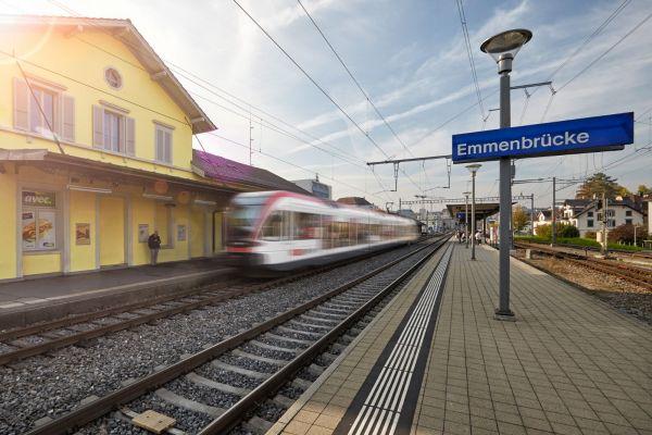 Bahnhof-Bushub-Emmenbruecke-Luzern-Nord.jpg