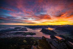 Sonnenaufgang_Pilatus_Lichtstimmung.jpg